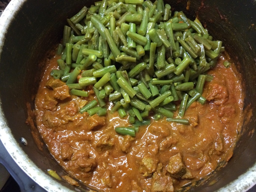 Add Green beans to beef